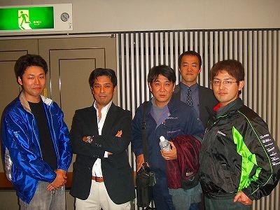 左からいまい電化の今井さん、私、中村ワークスの中村さん、ヒューマネットの坂田さん、いなり大垣の近澤さん。