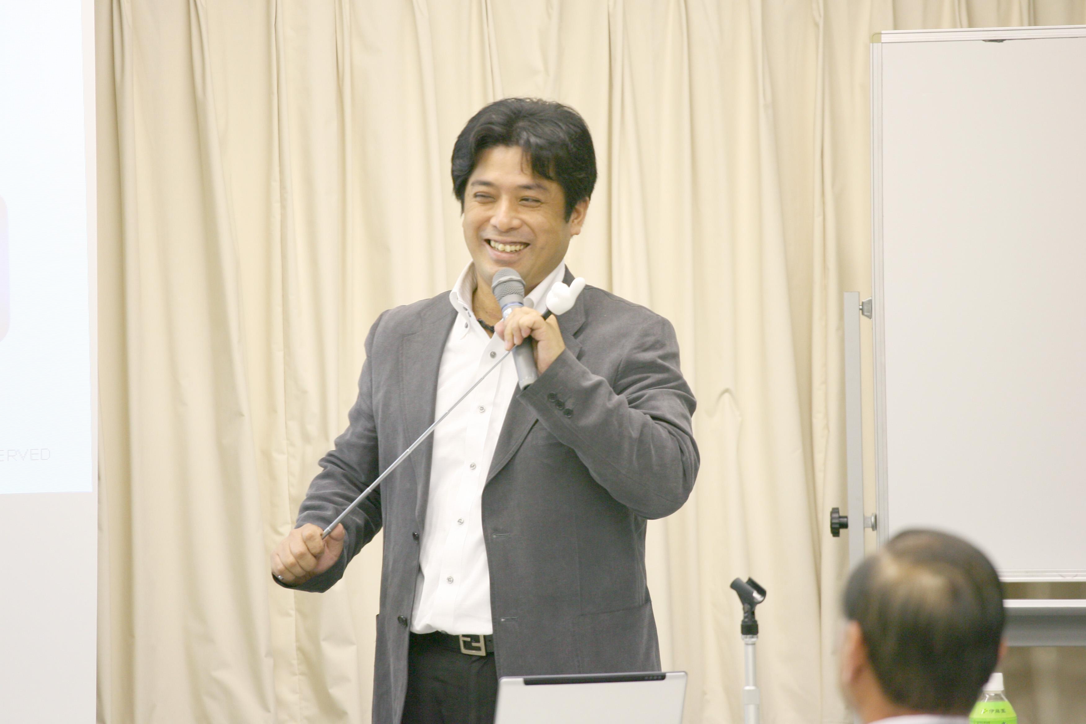 大阪府自動車車体整備協同組合主で販促セミナー風景